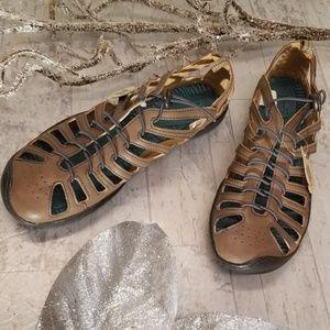 NWT Jambu Vegan Tan Bare Feet Sport Shoe